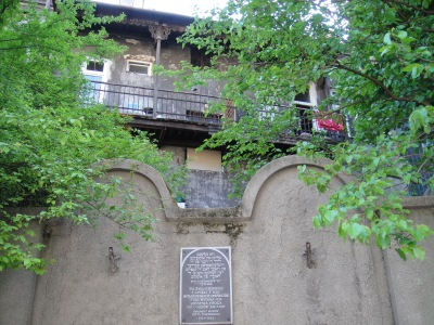 Fragment du mur du ghetto juif 3